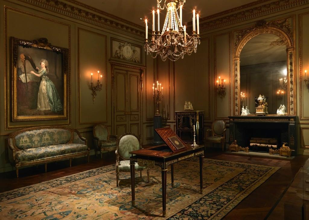 Grand Salon from the Hôtel de Tessé, Paris (Metropolitan Museum of Art). Image courtesy of www.metmuseum.org.